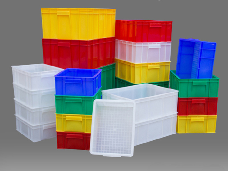 Application of plastic turnover box