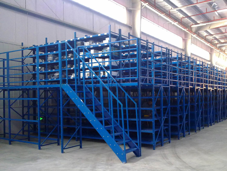 Customized steel mezzanines with stronger steel frame structure