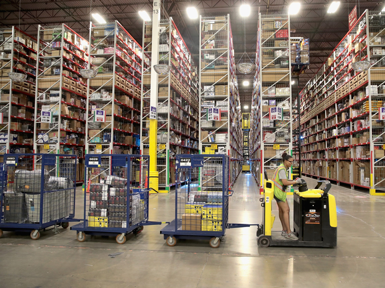 How to increase the number of storage space in heavy duty rack warehouse