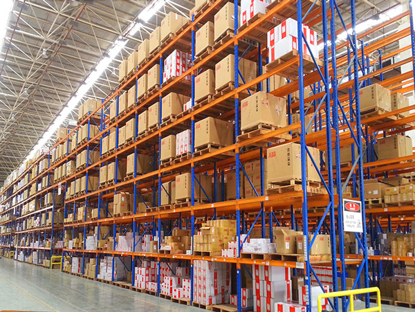 Precautions for the use of heavy duty pallet rack