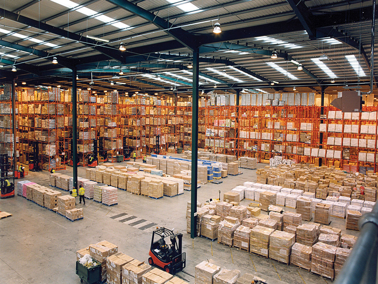 Warehouse pallet racking layout acceptance precautions