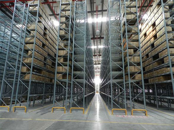 What are the more effective area saving heavy duty storage racking?