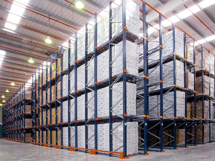 Comparison of drive in pallet rack and drive through pallet rack