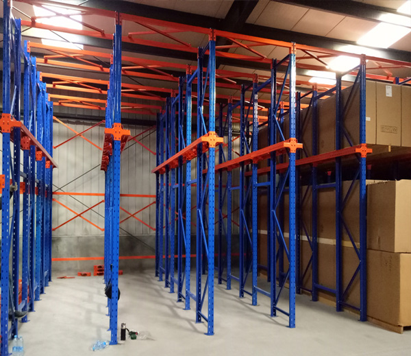 drive-in-racking-system01-4